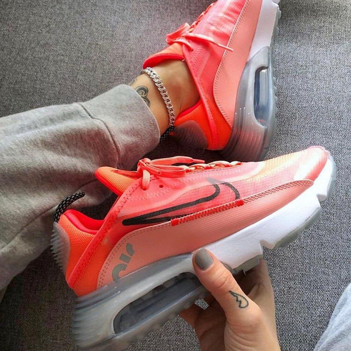 Image of NIKE AIR MAX 2090 Air cushioned running casual shoes
