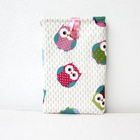 IPad Mini case, 8 inch tablet case, owl print fabric, fabric tablet sleeve, padded tablet cover, IPad mini 2, handmade in the UK