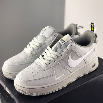 NIKE Air Force 1 Utility White BLACK Low Low Top Sneakers