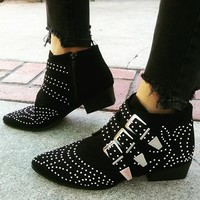 BLACK STUDDED BOOTIE