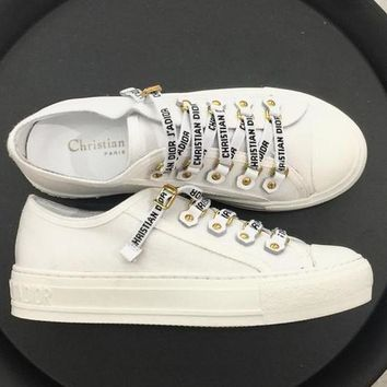 DIOR 2018 counter low with letter uppers sports shoes flat shoes F-AHD-HNXG-ZD white