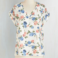 Mid-length Short Sleeves Pastry Picks Top in Floral