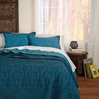 Cotton Craft - Rochelle Reversible Teal-Blue 3 Piece Quilt Set - King 108x90 - Pure 100% Cotton - Set Includes One Quilt & Two King Shams - Easy Care Machine Wash - Cuddle up all year in this super soft & colorful quilt