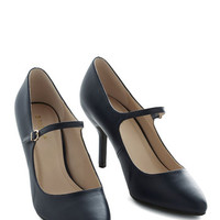 ModCloth Vintage Inspired Reuniting With Friends Heel in Navy