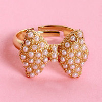 All Dressed Up Pearl Bow Ring