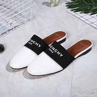 Givenchy  Fashionable casual slippers  12/31