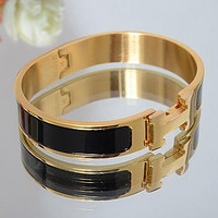 Perfect Hermes Woman Fashion Logo Enamel Bracelet
