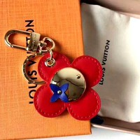 LV 2019 new high-end sun flower doll keychain