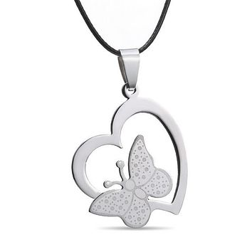 Hot Hollow Butterfly Heart Stainless Steel Pendant Necklace Fashion Leather Chain for Men Women Jewelry Heart Pendant Character Necklaces