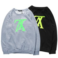 LV Louis Vuitton inverted letter LOGO fleece loose couple models sweater F-CP-ZDL-YXC