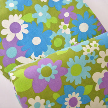 Vintage Bedding FULL Size Flat Sheet Groovy Flowers Green Purple Blue Flower Power Bed Sheet MOD Bedding Kids Bedding Clean Used