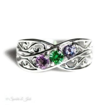 Personalized Filigree Lined Mother's Family Birthstone Ring