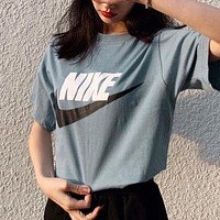 NIKE Summer New Fashion Letter Hook Print Women Men Top T-Shirt