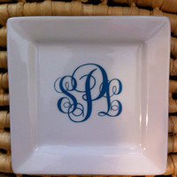 Small square Monogram Jewelry Dish, customized gifts, ring dish, wife to be gifts