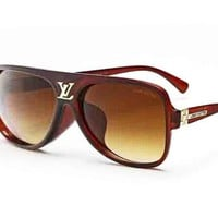 LOUIS VUITTON Trending Women Casual Sun Shades Eyeglasses Glasses Sunglasses Borwn