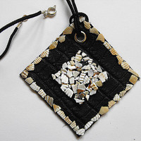 Rhombus leather sea shell neckalce