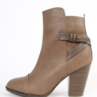 Breckelle's Heather-32 PU Strappy Ankle Boots | MakeMeChic.com