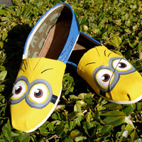 KOOAK Kustoms Minion  Inspired Toms Flats by KammysOneOfAKind