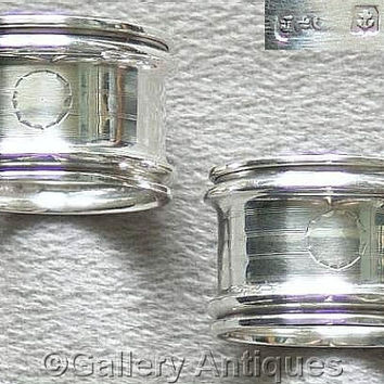 Pair of Antique Solid 925 Sterling Silver engine turned Napkin / Serviette Rings by Jones and Compton HM Birmingham, 1916 (ref: 3161)