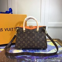 LV Louis Vuitton WOMEN'S MONOGRAM CANVAS PALLAS BB HANDBAG INCLINED SHOULDER BAG