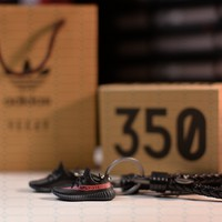 """Kicksmini Yeezy 350 Boost V2 Core """"Red Stripe"""" 3D mini Sneaker Keychains with Box and Bag"""