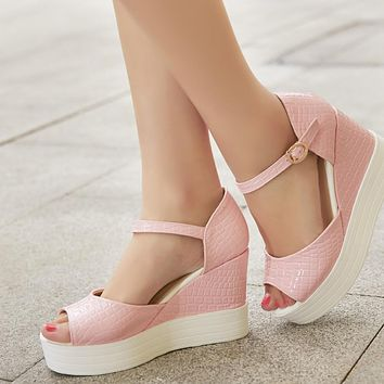 Embossed Leather Platform Sandals Women Peep Toes Wedges Shoes Woman