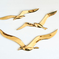 Mid Century Modern Brass Flying Seagulls, Vintage Bird Wall Hanging, Hollywood Regency, Nautical Style