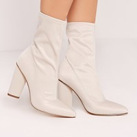 Missguided - Pointed Toe Neoprene Heeled Ankle Boots Cream