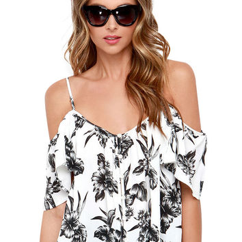 Floral V-neck Spaghetti Strap Ruffled Cropped Top with Back Slt