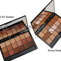 RCMA 18 Color VK Foundation Palette - Combination Sets & Palettes - Makeup