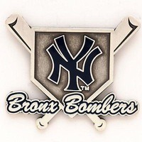 NEW YORK YANKEES BRONX BOMBERS COLLECTOR PIN BRAND NEW  SHIPPING WINCRAFT
