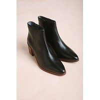 Seychelles For the Occasion Ankle Boots