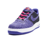 NIKE AIR FORCE 1 LOW - BLACK/PURPLE   Undefeated