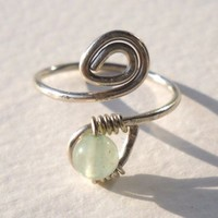 Aventurine Wrapped Hammered Silver Wire Spiral Toe Ring Adjustable Size